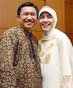 Eep Saefulloh & istri, Sandrino Malakiano