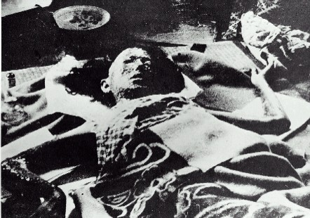 Quả bom nguyên tử ném xuống Nagasaki ... Pictures, Images and Photos