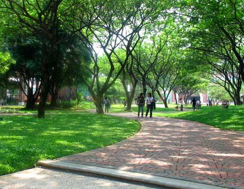 Taman di Bumi Serpong Damai