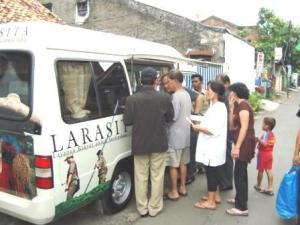 Mobil Larasita diserbu warga yang ingin mengurus sertifikat tanah.