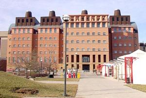 Kampus Barat, Universitas Cincinnati