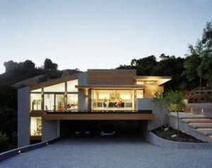 Rumah bergaya minimalis, sekaligus hemat energi. Mengoptimalkan bukaan untuk pencahayaan dan penghawaan alami. Energi bisa dihemat, dengan mengurangi penggunaan lampu, ac, dsb.
