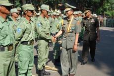 Barisan Linmas siap mengabdi pada negara.