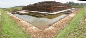 Candi Jiwa yang pertama kali ditemukan di Situs Batujaya. Ada 24 candi